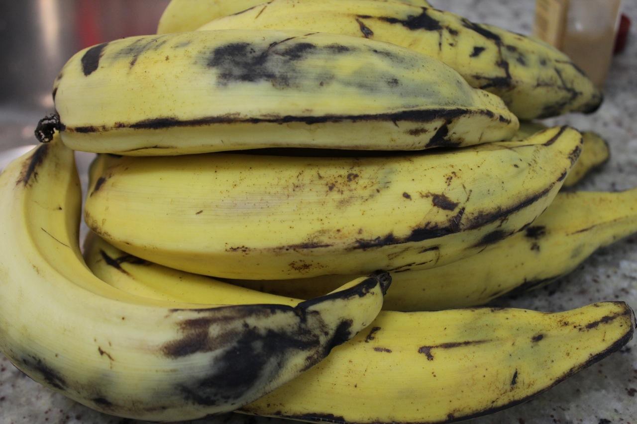 Pode comprar a banana assim e esperar até que ela fique madura