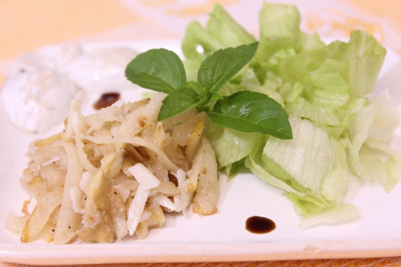 peras-adocicadas-com-queijo-de-cabra-para-salada-1