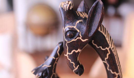escultura-girafa-2