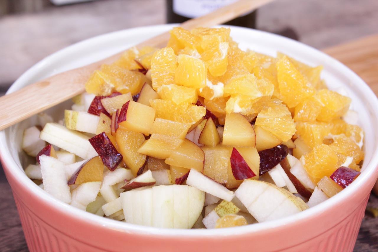salada-de-frutas-com-vinho-do-porto-branco-1