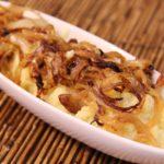 Purê de batata doce com cebolas douradas